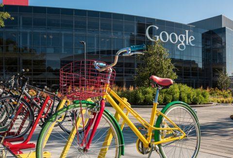 Directorii din Silicon Valley angajează filozofi pentru a-i învăța să pună la îndoială totul